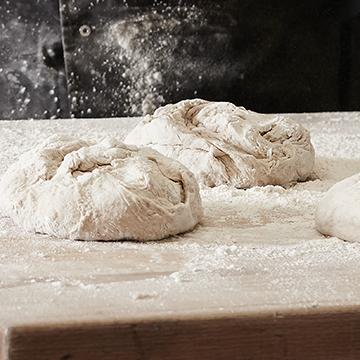 Professional dough kneading machines